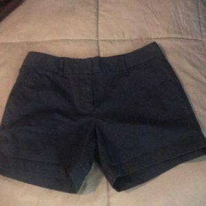 Vineyard vines navy blue shorts